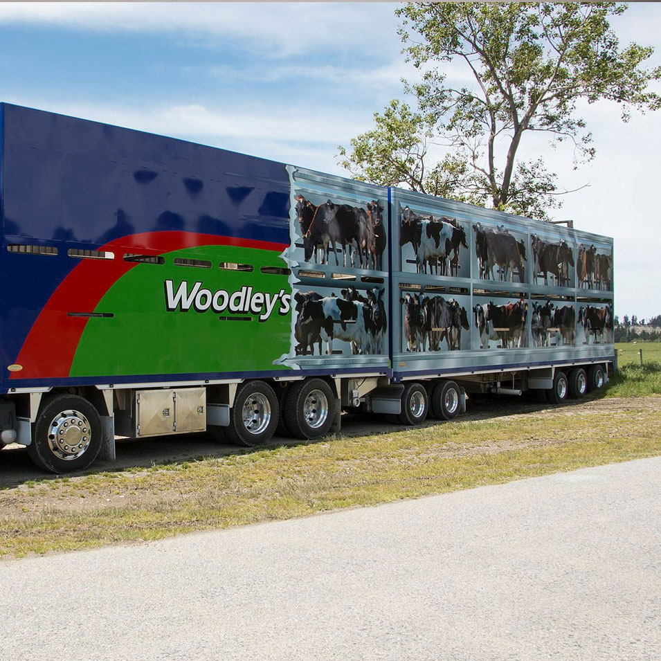 jfm-marketing-and-design-portfolio-project-woodleys-signage-truck
